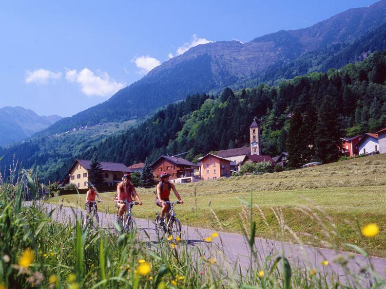 Image 0 - Biking among the traditional taverns of the Leventina valley