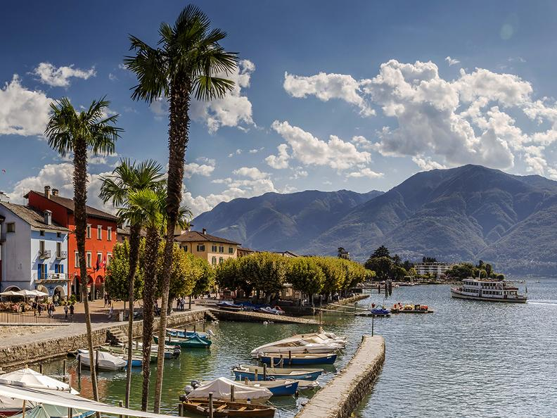 Image 0 - Azione Lago Maggiore à la carte