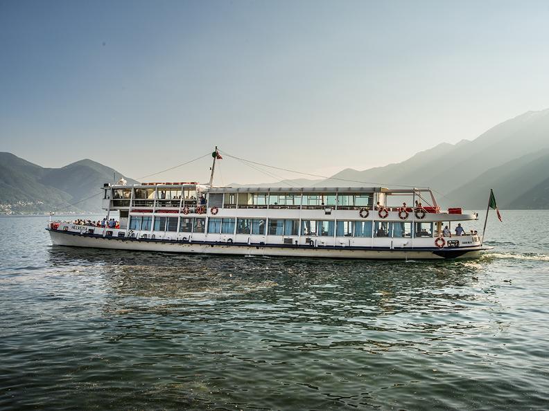 Image 2 - Special offer Lago Maggiore à la carte