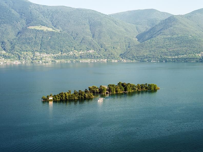 Image 1 - Azione Lago Maggiore à la carte