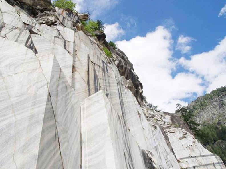 Image 0 - Peccia: Marmor und Speckstein