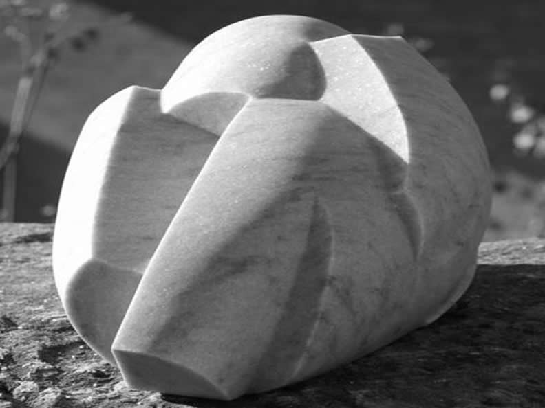 Image 2 - Peccia: Marmor und Speckstein