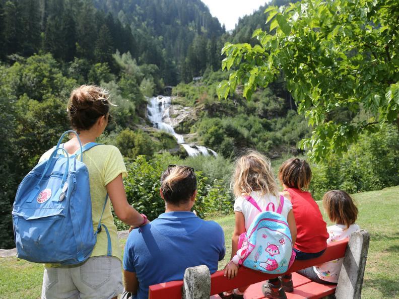 Image 3 - The waterfall of Piumogna