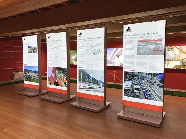 Image 1 - L'esposizione all'Infopoint di Sigirino è stata rinnovata