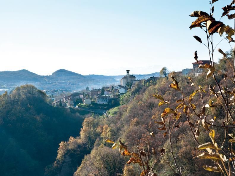 Image 0 - Castel San Pietro
