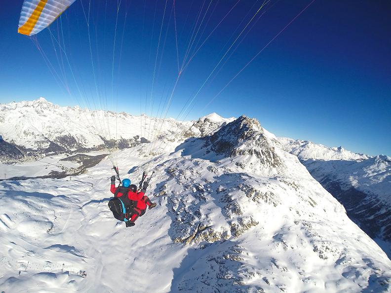 Image 2 - FlyTicino – Paragliding tandem flights in Ticino