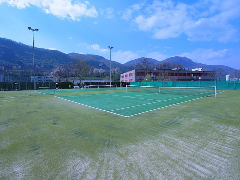 Image 3 - Tennis