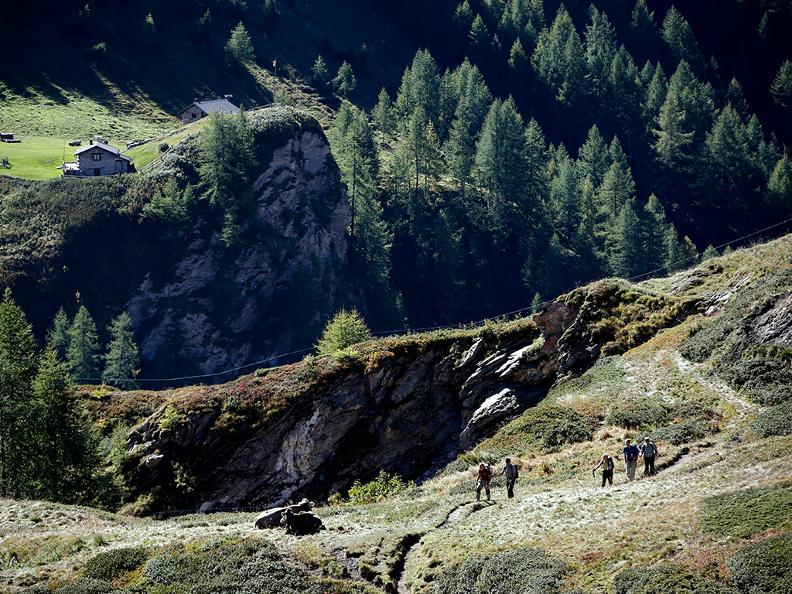 Image 0 - Hiking holidays: Chur - Olivone
