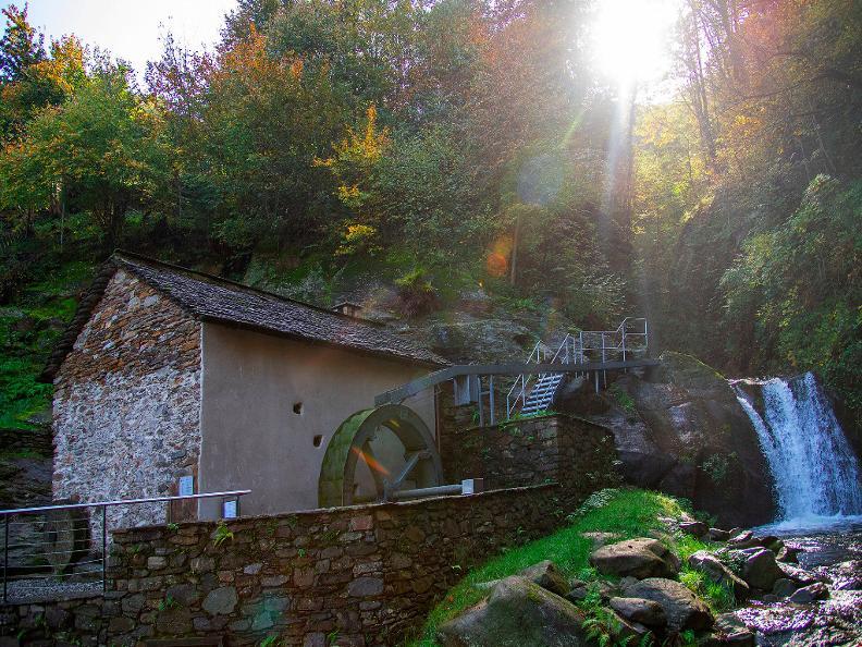 Image 1 - Mühle und Stampfe von Precassino