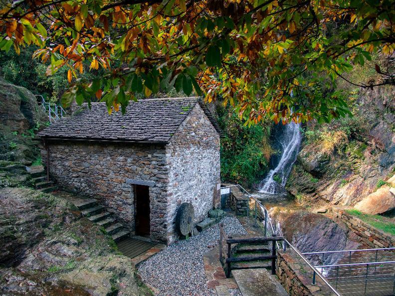 Image 2 - Mühle und Stampfe von Precassino