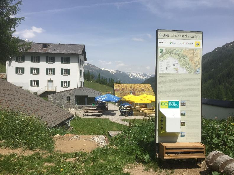 Image 1 - E-bike charging point All'Acqua