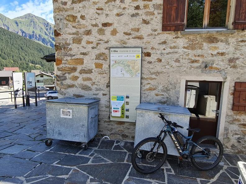 Image 0 - E-bike charging point Carì - Nucleo