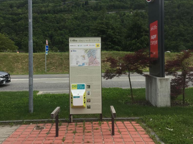 Image 0 - E-bike charging point Cadenazzo - Gusto Ticino