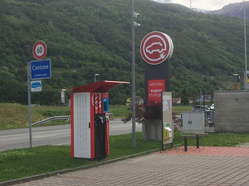 Image 2 - E-bike charging point Cadenazzo - Gusto Ticino