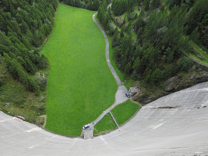 Image 0 - Arrampicata sulla diga del Sambuco