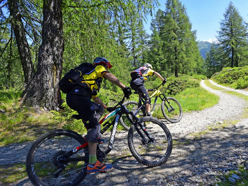 Image 2 - Mountain Bike Offer - Airolo-Pesciüm