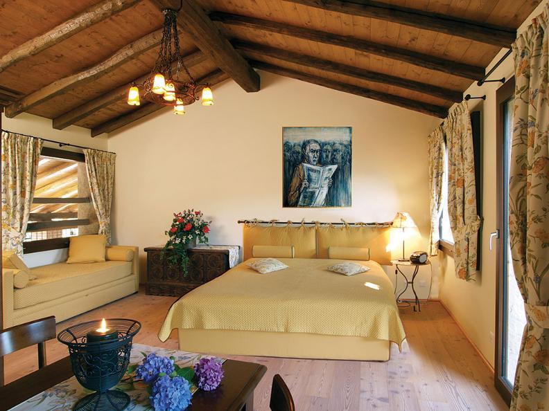 Image 4 - Sleeping in the Ticino vineyards