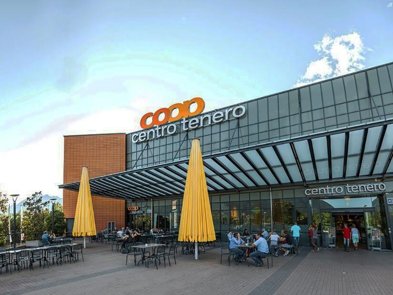 Image 1 - Centro Commerciale Tenero