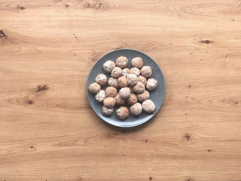 Image 3 - Kalbsbällchen mit Thymian und Champignonsauce - Das Rezept