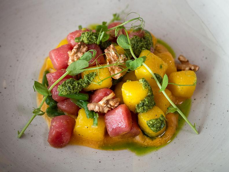 Image 0 - Colourful potato gnocchi with carrot cream, celery pesto and roasted nuts - The recipe