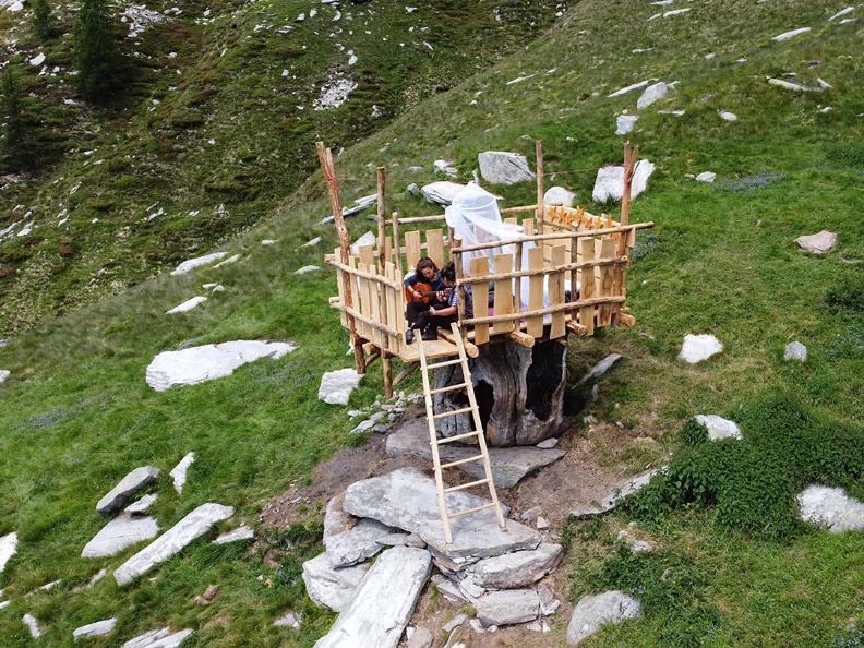 Image 2 - Alpe Nimi : une suite sous les étoiles
