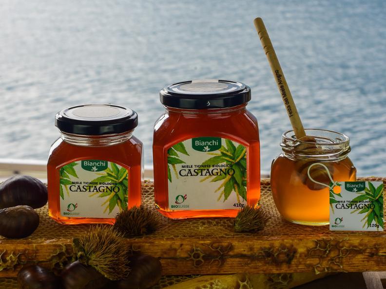 Image 5 - Visita e degustazione di miele all'apiario