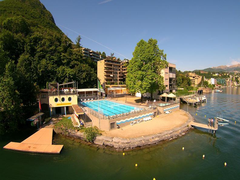 Image 1 - Lido & swimmingpool Conca d'Oro, Paradiso