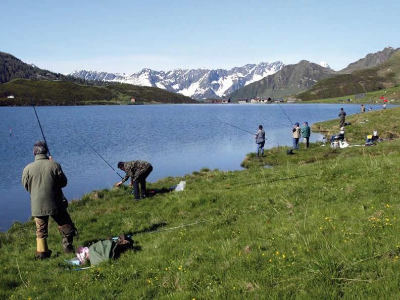 Image 0 - Patenti di pesca turistica
