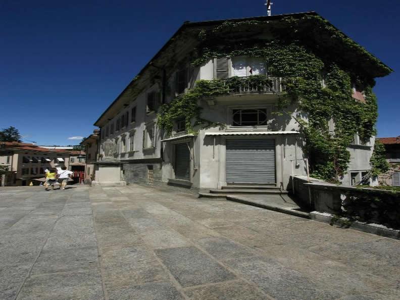 Image 3 - Die Altstadt Lugano