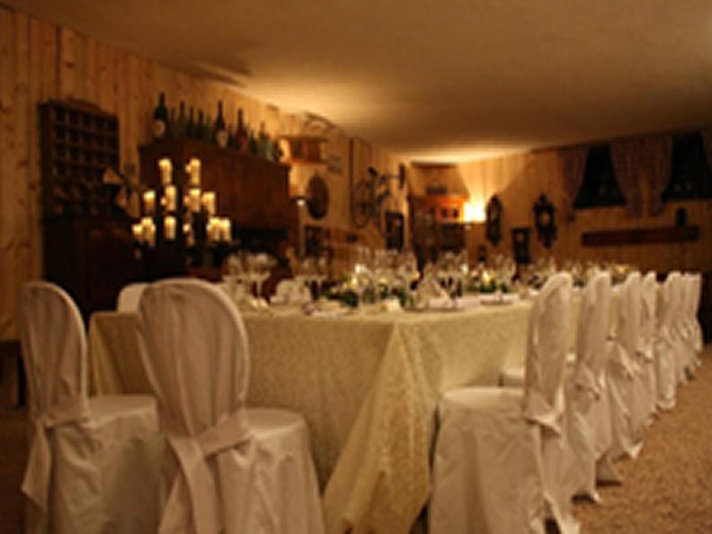 Image 0 - Wine cellar Lucchini - L'Enoteca di Via Cantonale