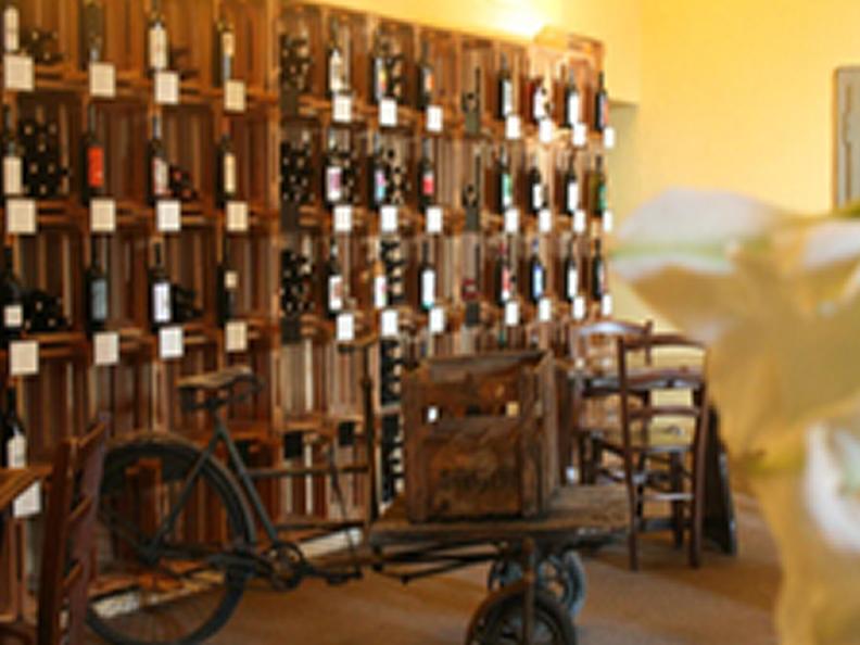 Image 2 - Wine cellar Lucchini - L'Enoteca di Via Cantonale