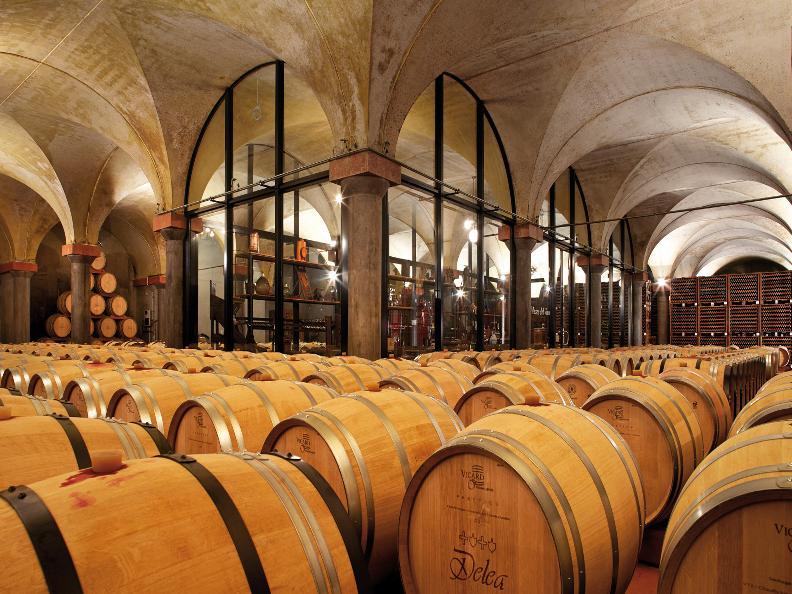 Image 0 - Vini & Distillati Angelo Delea SA