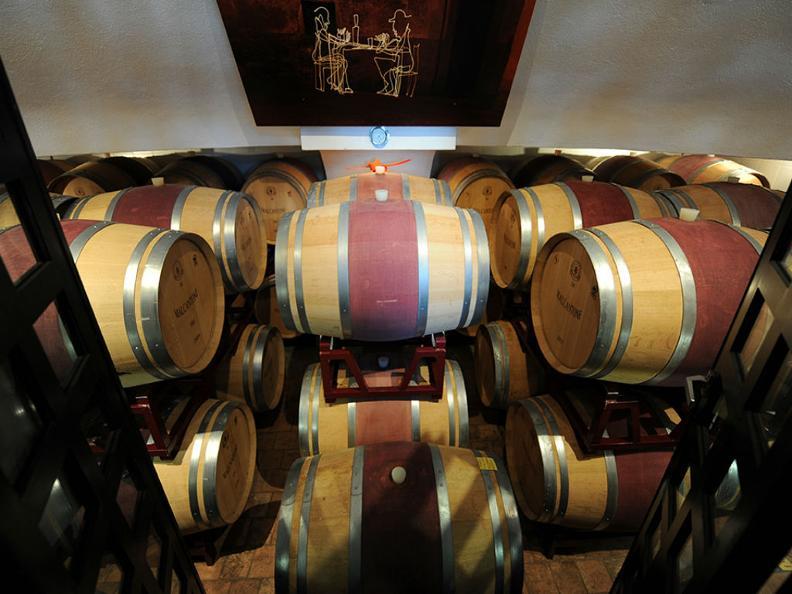 Image 6 - Wine cellar Monti