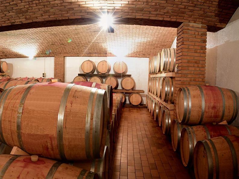 Image 0 - Wine cellar Daniel Huber