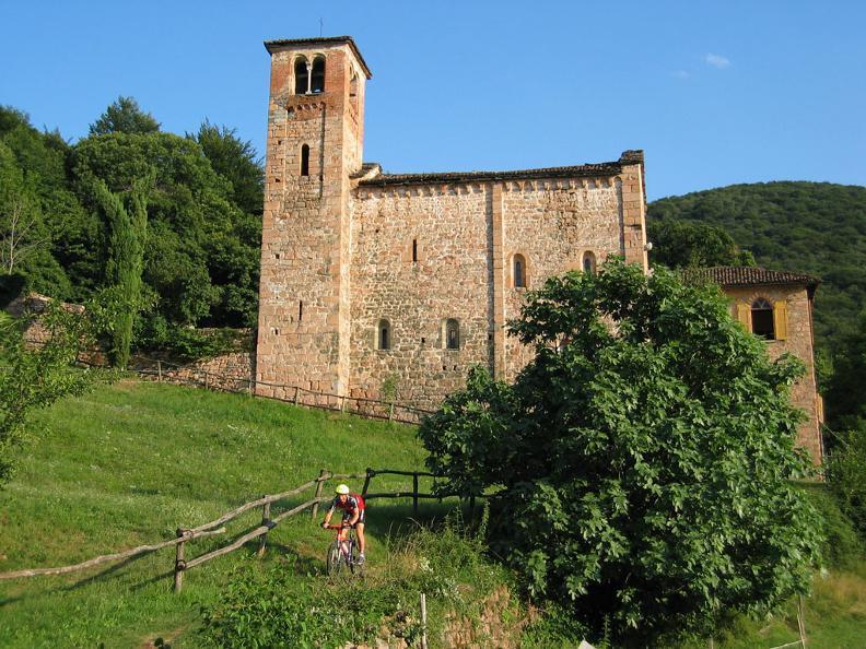 Image 0 - Chiesa di S. Maria Assunta di Torello