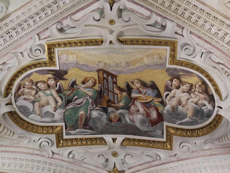 Image 8 - Wallfahrtskirche Madonna del Sasso