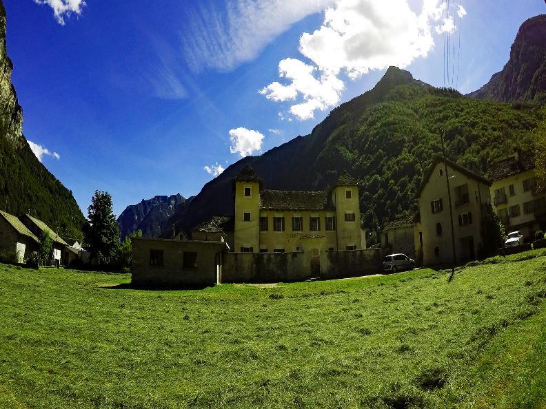 Image 0 - The Marcacci Castle