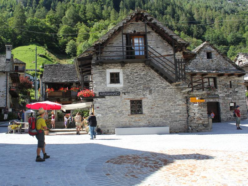 Image 1 - Dorfkern von Sonogno