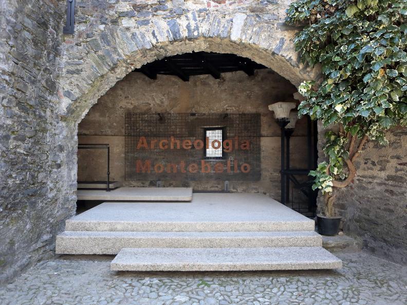 Image 0 - Archeologia Montebello