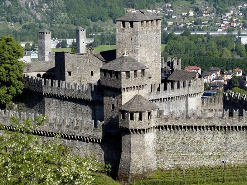 Image 0 - Museum of Montebello Castle