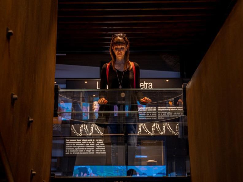 Image 8 - Archeologia Montebello