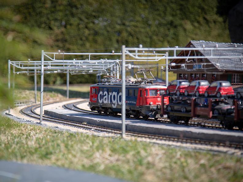 Image 2 - Swissminiatur