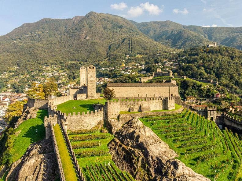 Image 6 - Guided tours in Bellinzona and Upper Ticino