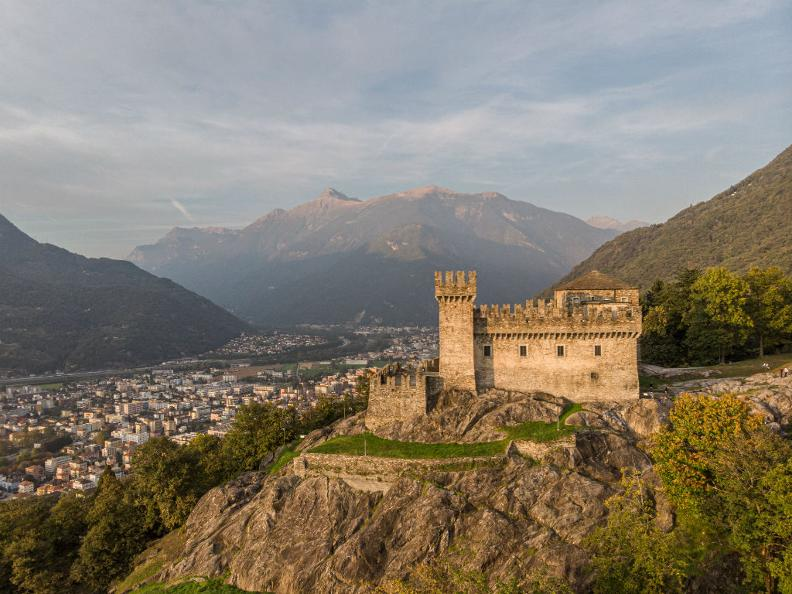 Image 4 - Burg Sasso Corbaro