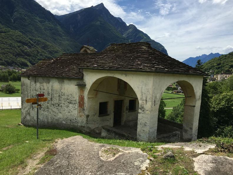 Image 0 - Oratory of  S. Maria del Castello