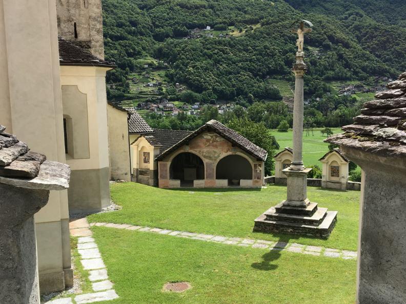 Image 2 - Totenkapelle