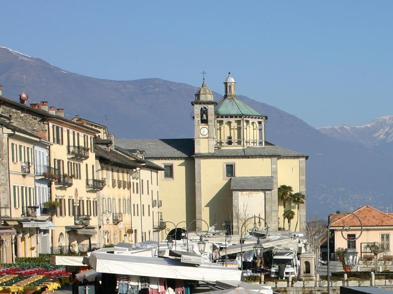 Image 0 - Markt von Cannobio (Italien)