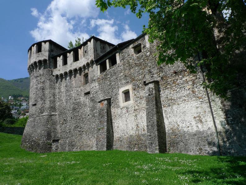 Image 2 - Le château Visconteo