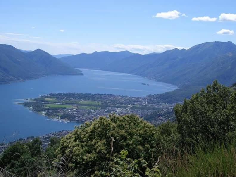 Image 0 - Lakes at the bottom of the alps, alpine lakes and lake basins