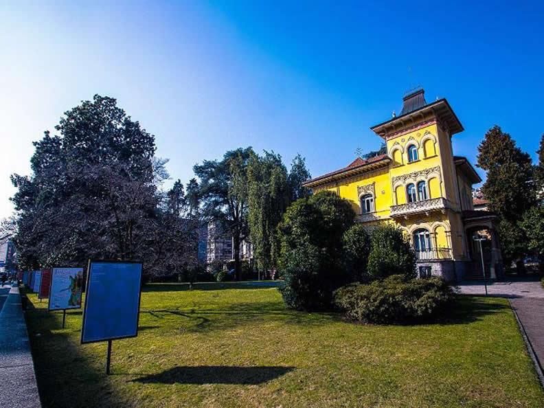 Image 2 - Park of Villa Saroli